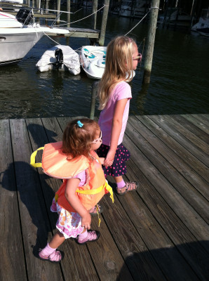 toddler life jacket with loop