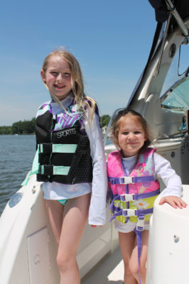 summer fun boat kids